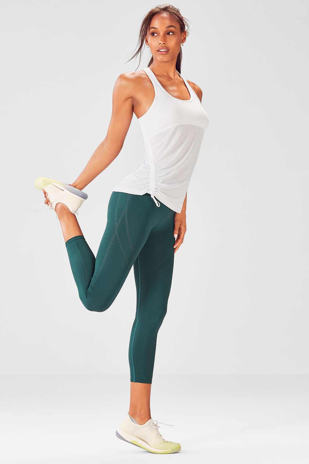 Ropa deportiva mujer ropa deportiva online fabletics outfit 3 solutioingenieria Image collections
