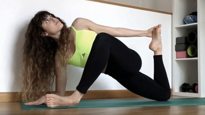 Runners Lunge Variation - Yoga Pose