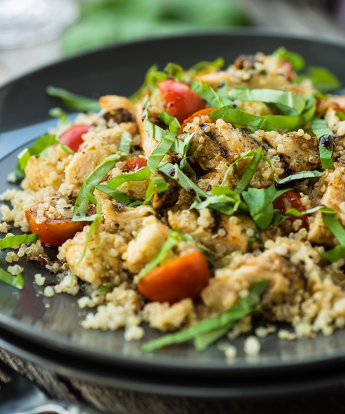 Quinoa salad with chicken and avocado
