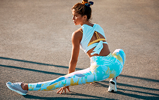 Fitness clothing workout clothes activewear fabletics adem in adem uit fandeluxe Image collections