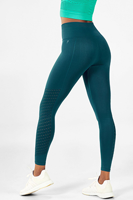 a5046ff000d8c7 Gym Clothes | Fitness Clothing | Activewear by Kate Hudson ...