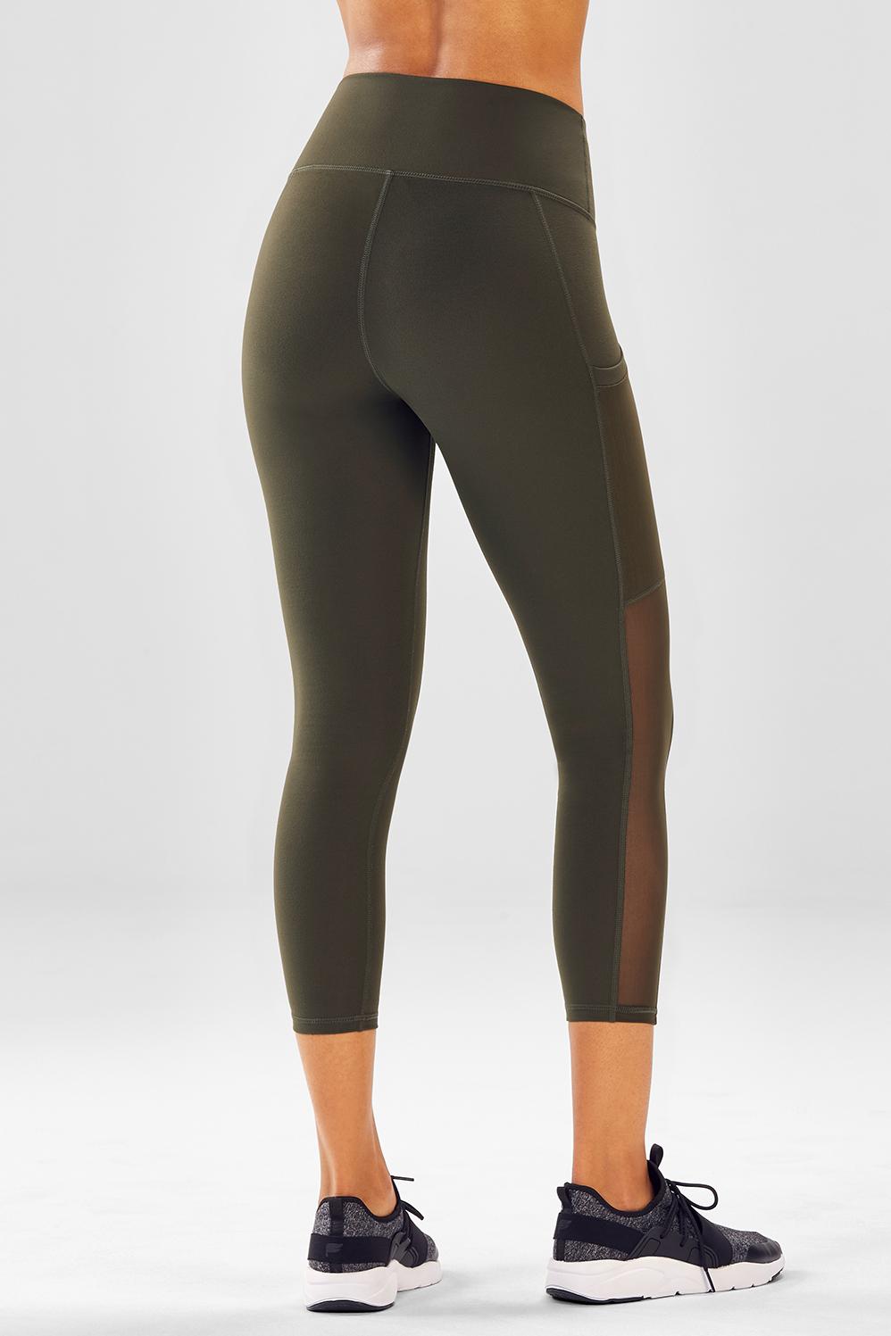 Solid Black Size L Women/'s Fabletics Mila Pocket High Waisted Capri
