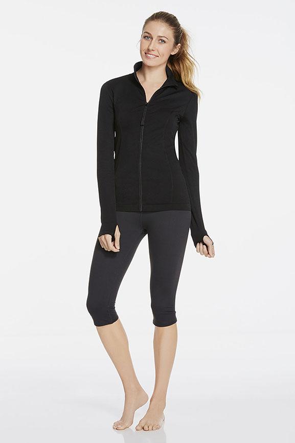 sportbekleidung activewear fabletics. Black Bedroom Furniture Sets. Home Design Ideas