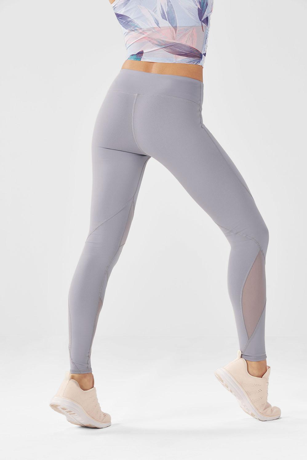 Rayna tenue tenues de sport fabletics for 998 haute compression