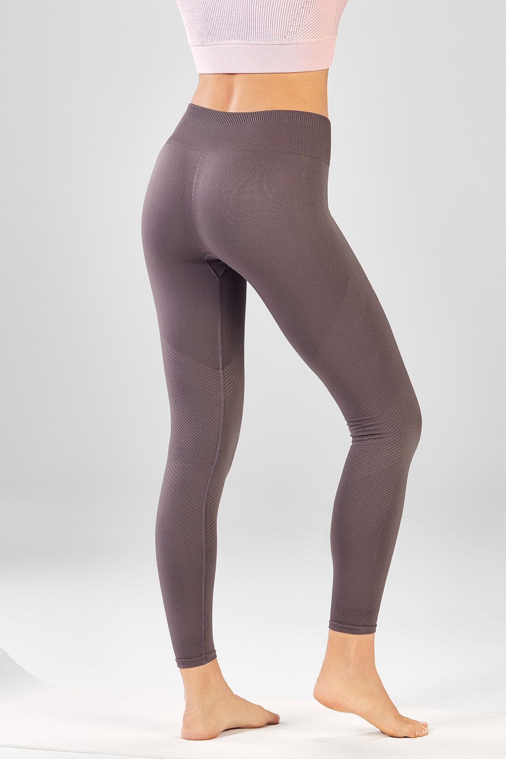 df2c7cf36f Seamless Solid 7 8 - Fabletics