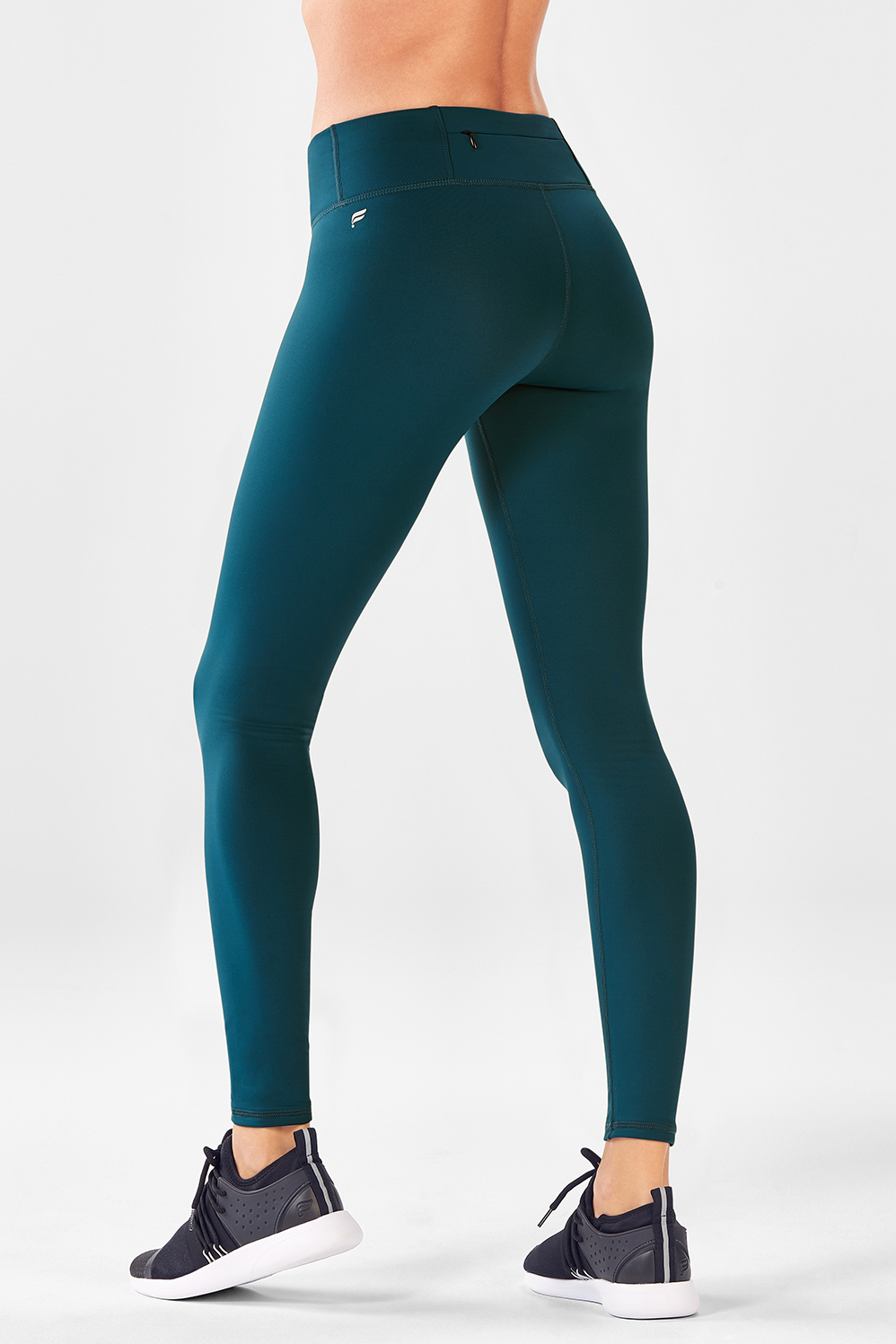 dda55470b97c80 Salar Solid Cold Weather Legging - Fabletics