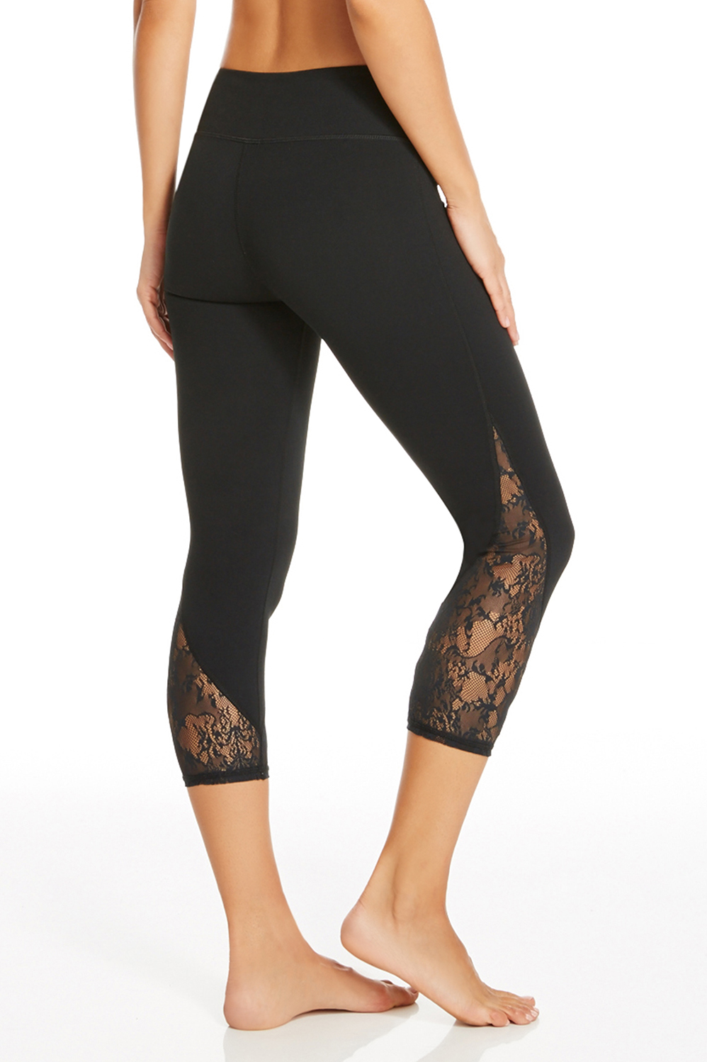 Tuberose Capri In Black Get Great Deals At Fabletics